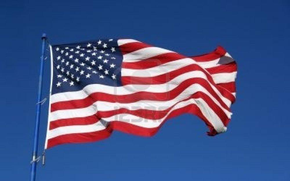 WELCOME TO AMERICA. GREEN CARD JOY. (1/2)